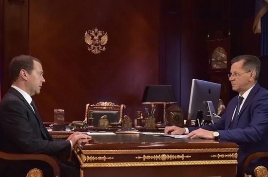 Стало известно, очем говорили Жилкин иМедведев