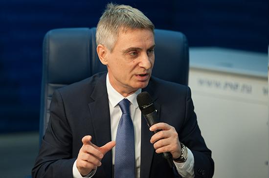 В России нужны специалисты по управлению интеллектуальной собственностью — сенатор Фабричный