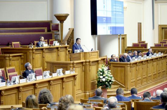 Атамбаев подписал закон опроведении президентских выборов вКиргизии 15октября