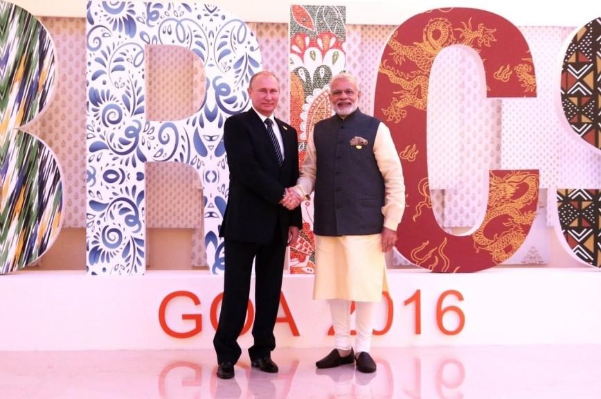 Врамках ПМЭФ состоялась встреча Путина спремьер-министром Индии Нарендрой Моди