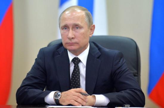 Путин окончательно приравнял встречи депутатов сизбирателями кмитингам