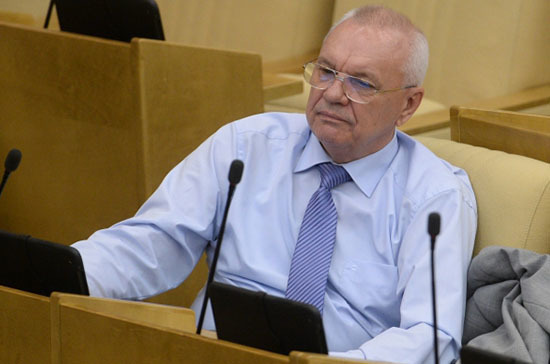 Депутат отКПРФ отказался отмандата из-за сложностей создоровьем