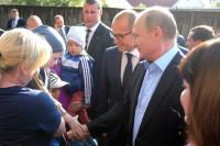 Президент РФ попросил Бречалова помочь инвалидам в ситуации с бараками