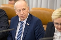 Сенатор Алексеев предложил разработать программу по сохранению коренных малочисленных народов