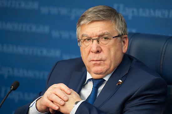Рязанский назвал закон о пенсиях для детей-подкидышей восстановлением исторической справедливости