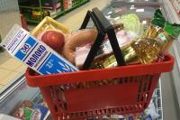 Малообеспеченные россияне получат продукты по электронным карточкам