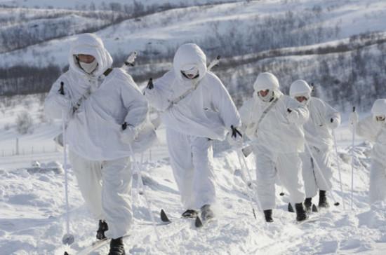 Спасатели обеспечат безопасность в Арктике с помощью разработок полярников