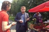 Чернышов проверил качество черешни в Марьино