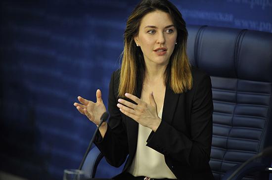 Аршинова: вопрос об оплате труда педагогов за подготовку к ЕГЭ остаётся открытым