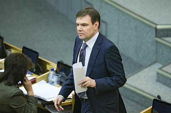 Левин рассчитывает на принятие закона об акционировании «Почты России» осенью