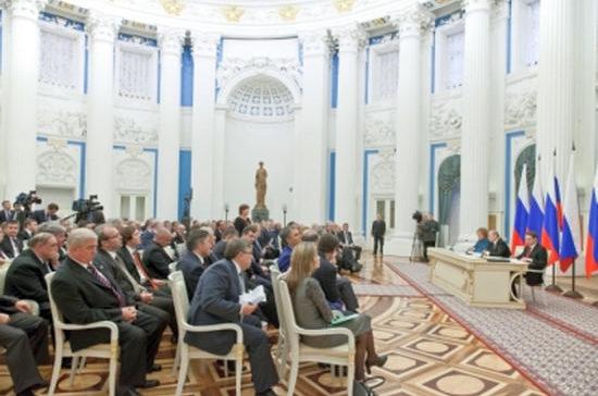Президент «сверил часы» с законодателями
