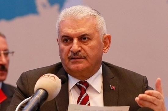 Премьер Турции объявил об«обновлении крови» вкабмине