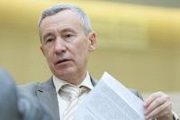Сенатор Климов предложил Порошенко доказать, что Украина — суверенное государство