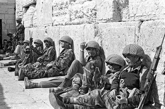 Парламент Израиля принял закон о праздновании 9 мая