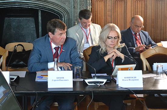 Сенатор Цеков: у Киева по поводу моста в Крым разыгралась фантазия