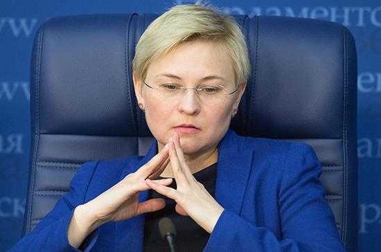 Людмила Бокова: вопрос оптимизации малых городов стоит в России очень остро
