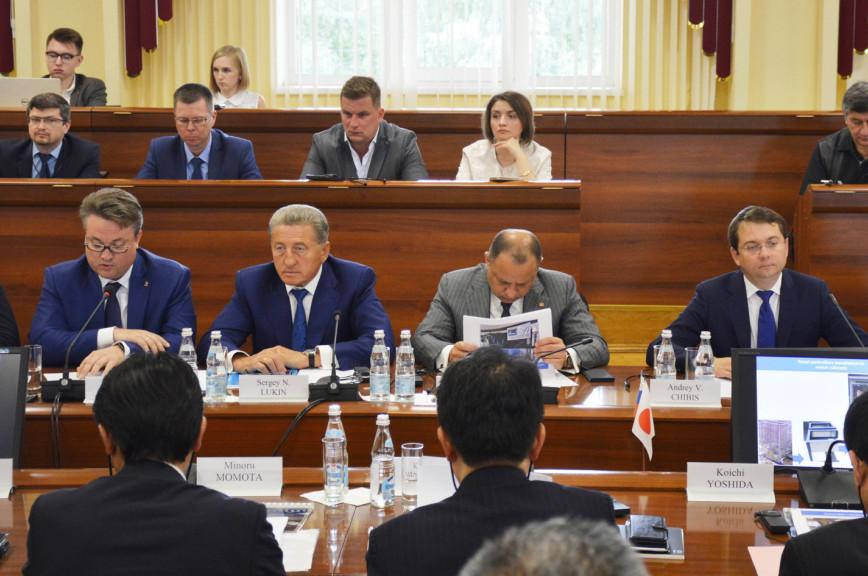 Сенатор Лукин предложил распространить опыт российско-японских «умных» проектов в Воронеже на всю Россию
