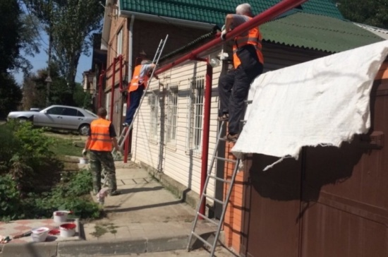 На месте пожара в Ростове-на-Дону прошёл общегородской субботник