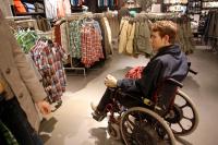 За обман стариков и инвалидов торговцы заплатят 600 тысяч рублей