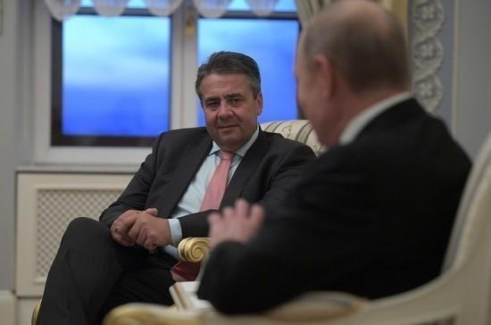 Инициатива РФ о миротворцах ООН в Донбассе может стать шагом к отмене санкций, заявили в МИД ФРГ
