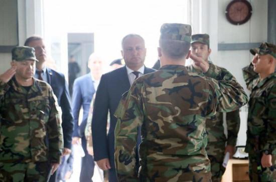Президент Молдавии запретил военным участвовать в учениях НАТО на Украине