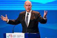 Губернатор Калифорнии прокомментировал закрытие генконсульства России