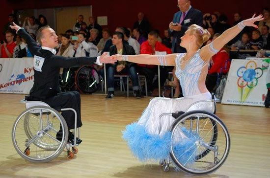 Танцоры на колясках разыграют в Санкт-Петербурге Кубок континентов
