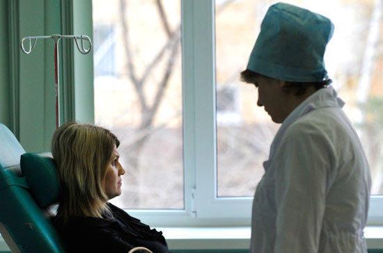 Повышение зарплат врачам обеспечат за счёт самозанятых