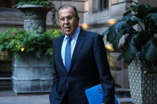 Лавров заявил, что военное присутствие США в Сирии нарушает международное право