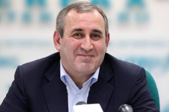 Неверов предложил единороссам в регионах уступить оппозиции часть руководящих должностей