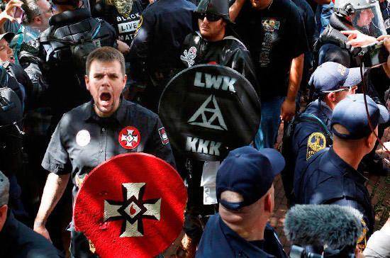 Вероятность гражданской войны в США — 35 процентов