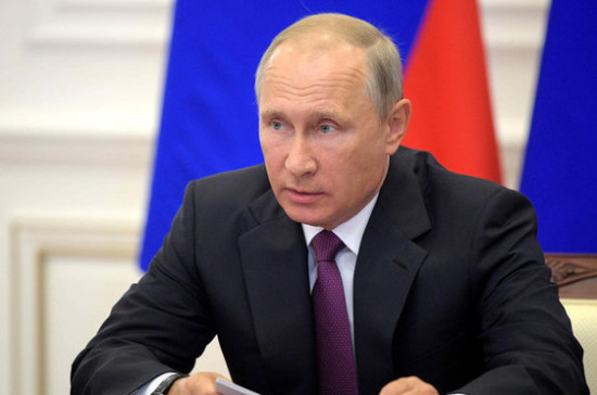Путин поздравил президента Киргизии Атамбаева с днём рождения