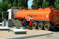 Увеличение акцизов на топливо приведёт к росту цен на другие товары, заявил Ремезков