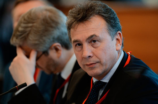 Медведев освободил от должности замглавы Минобрнауки Каганова