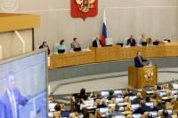 Новый график работы Госдумы позволит депутатам держать плотный контакт с избирателями, сказал Харитонов