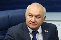 Депутат Гильмутдинов поддержал изменение графика работы Госдумы