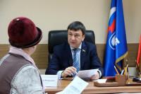 Новый график работы повысит качество работы депутатов в регионах, считает Афонский