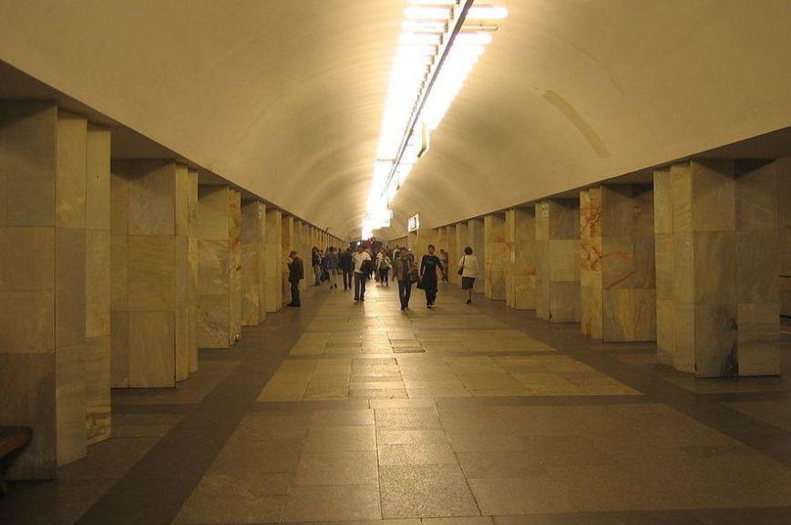 В Москве станцию метро «Китай-город» закрыли из-за звонка о бомбе