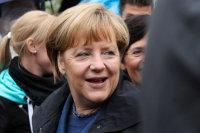 Меркель заявила о возможном продлении санкций в отношении России