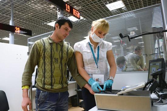 Замглавы МВД назвал количество мигрантов, регулярно расположившихся натерритории Российской Федерации