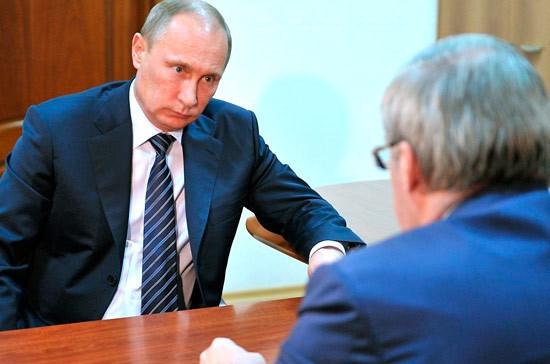 Путин принял отставку Красноярского губернатора Виктора Толоконского