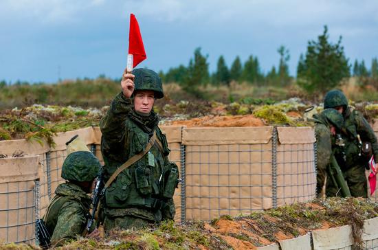 Руководитель украинского Генштаба обвинилРФ воставлении войск в республики Белоруссии