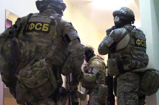 ФСБ задержала в Москве членов ячейки ИГ, готовивших теракты на транспорте