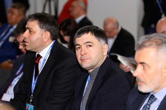 Селимханов выступил резко против сужения понятия «оскорбление чувств верующих»