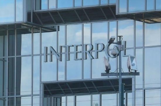 В МВД Украины попросили Интерпол проигнорировать запрос России на розыск четырёх украинцев