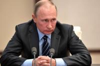 Путин поручил разработать способы избежать рисков в связи с рекордным урожаем