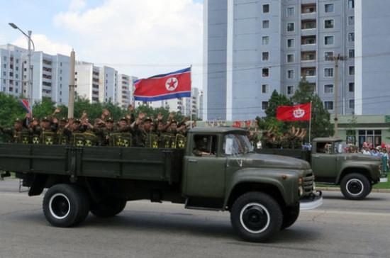 Япония предлагает объединиться и призвать КНДР отказаться от ядерного оружия