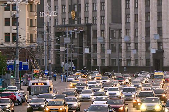Комитет Думы порекомендовал дополнительно выделить 10млрдруб. набезопасность дорог