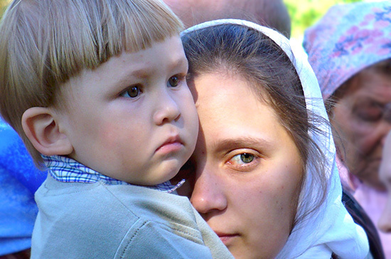 Возраст совместного проживания приёмных детей с опекуном могут снизить до 14 лет