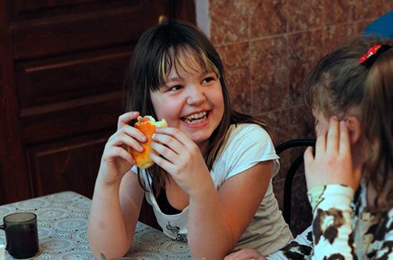 Современным детям не хватает белка и фруктов